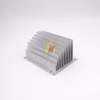 图片 小型铝合金散热器型材