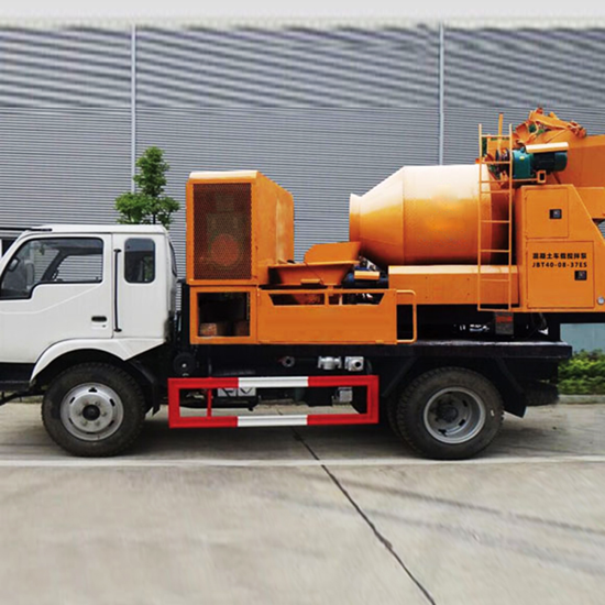 图片 滚筒式搅拌车载泵
